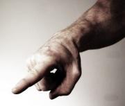 Faites attention quand vous pointez du doigt quelqu'un