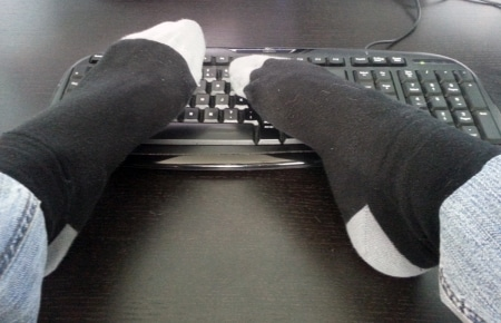 Coder avec les pieds